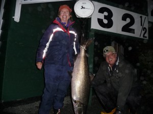 #11 Lisa Woodward Aug 31 8:20 pm 32 1/2 lbs. Guide: John Woodward Lure: Plug