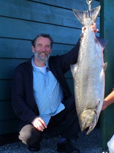 drews-driessen-van-der-lieck-new-member-36-5-lb-tyee-on-a-plug-rowed-by-jeremy-maynard-sep-12th-610-am-portrait